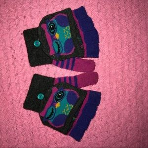 Other - **Add 11 items to a bundle for $10 ** kids gloves